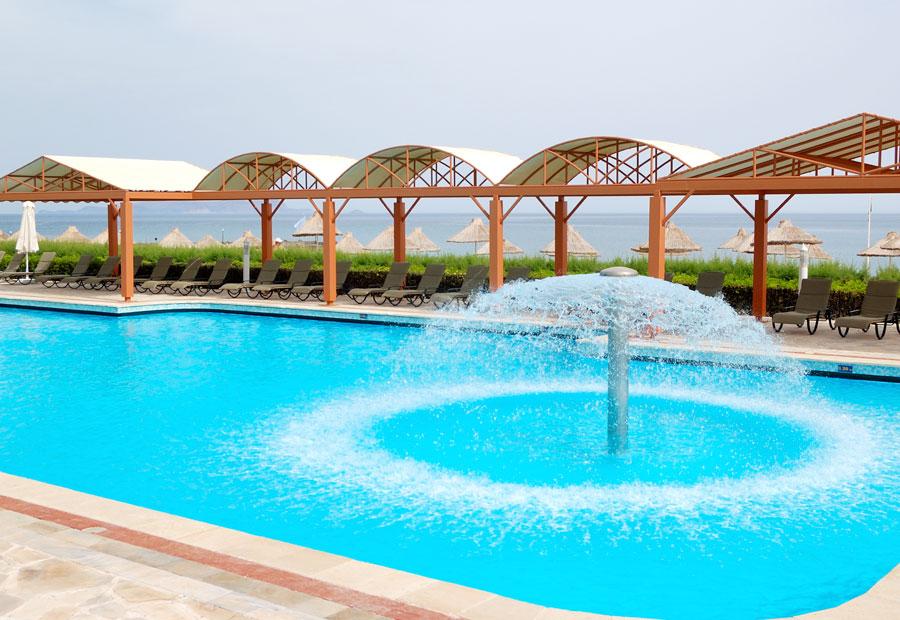 Fontane per piscine spa centri termali e benessere wed for Uniform spa sistemi per serramenti